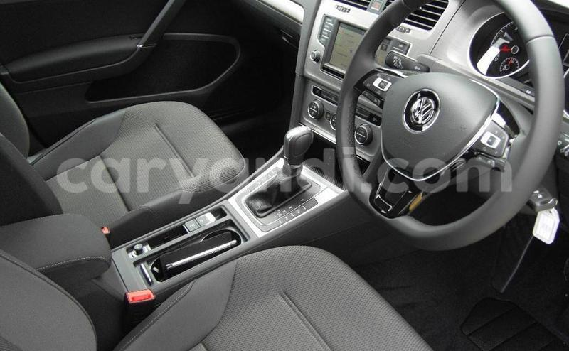 Big with watermark 2016 volkswagen golf 92tsi comfortline 7 auto10
