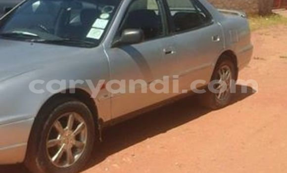 Nunua Ilio tumika Toyota Camry Fedha Gari ndani ya Chipata nchini Zambia