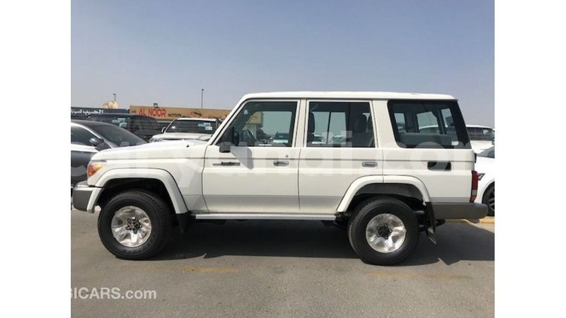 Big with watermark toyota land cruiser zambia import dubai 10566