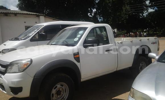 Nunua Ilio tumika Ford Ranger Nyeupe Gari ndani ya Chipata nchini Zambia