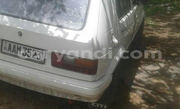 Buy Used Volkswagen Golf White Car in Chipata in Zambia