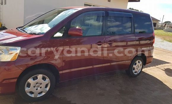 Buy Used Toyota Noah Red Car in Chipata in Zambia