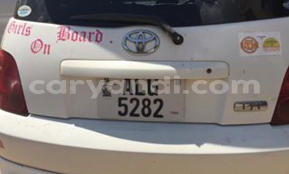 Buy Used Toyota IST White Car in Chingola in Zambia