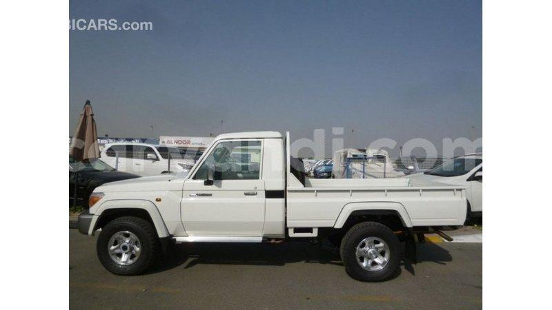 Big with watermark toyota land cruiser zambia import dubai 10940