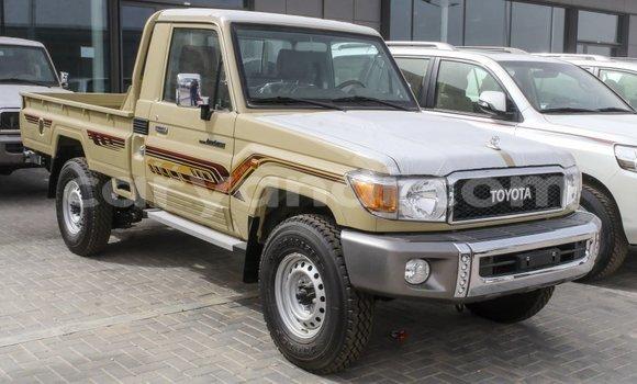 Medium with watermark toyota land cruiser zambia import dubai 11020
