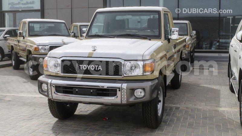 Big with watermark toyota land cruiser zambia import dubai 11020