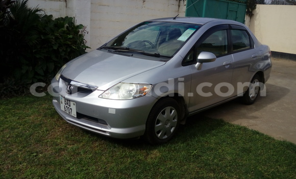 Buy Used Honda FIT Silver Car in Chingola in Zambia