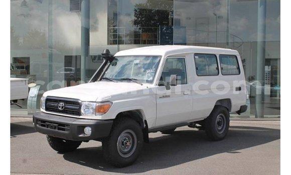 Medium with watermark toyota land cruiser zambia import dubai 11038