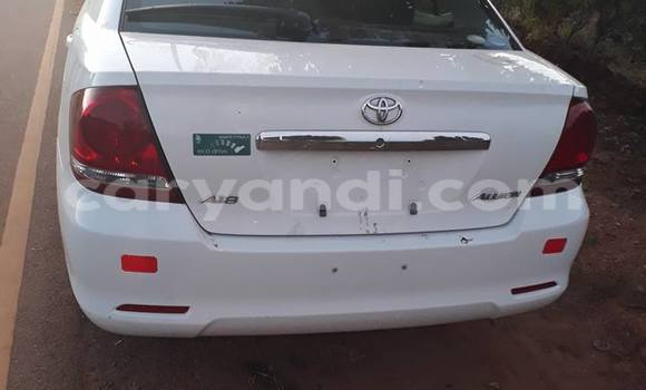 Buy Used Toyota Allion White Car in Chipata in Zambia