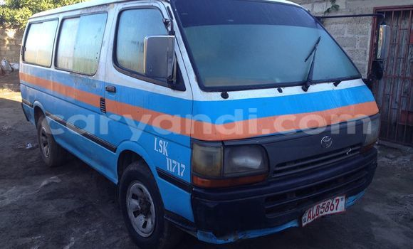 Buy Used Toyota Hiace Blue Car in Chipata in Zambia