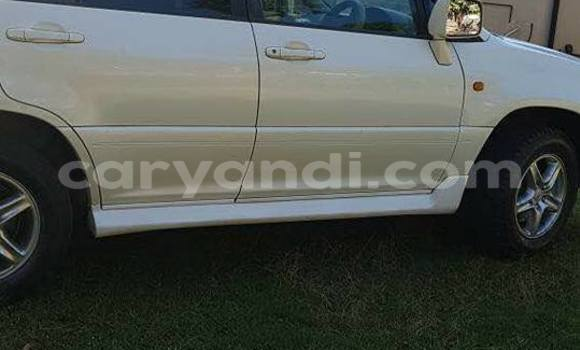 Buy Used Toyota Harrier White Car in Lusaka in Zambia