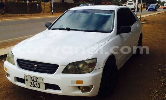 Buy Used Toyota Altezza White Car in Lusaka in Zambia