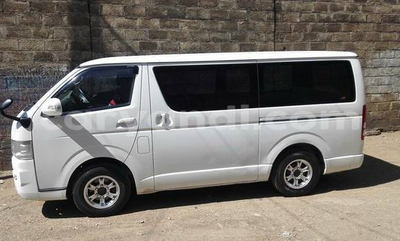 Buy Used Toyota Hiace White Car in Lusaka in Zambia