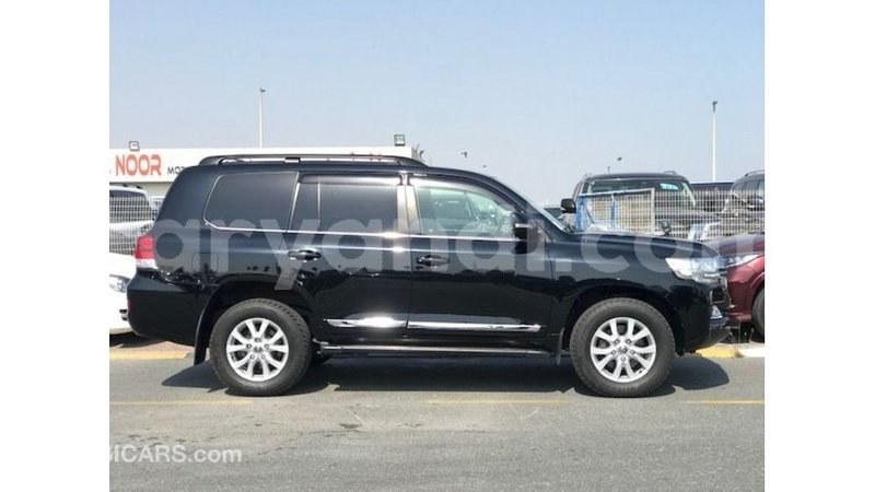 Big with watermark toyota land cruiser zambia import dubai 11299