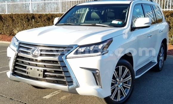 Buy Used Lexus LX White Car in Lusaka in Zambia