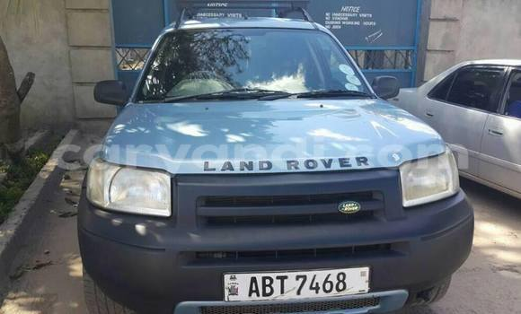 Buy Used Land Rover Freelander Blue Car in Lusaka in Zambia