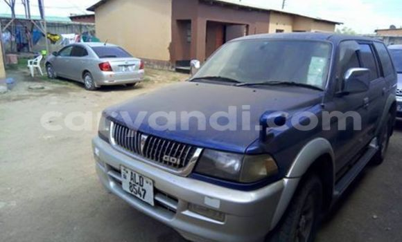 Buy Used Mitsubishi Challenger Blue Car in Lusaka in Zambia