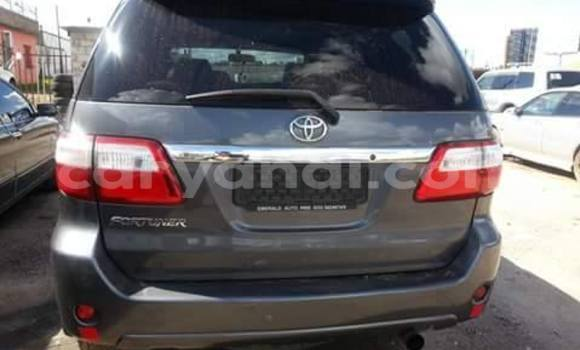 Buy Used Toyota Fortuner Black Car in Chingola in Zambia