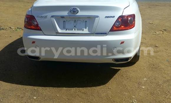 Buy Used Toyota Mark X White Car in Lusaka in Zambia
