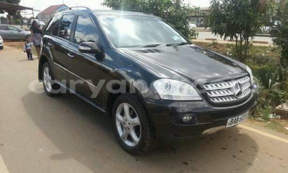 Buy Used Mercedes‒Benz ML–Class Black Car in Lusaka in Zambia