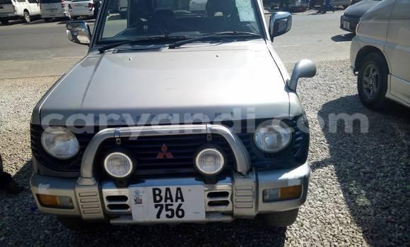 Acheter Occasion Voiture Mitsubishi Pajero Gris à Lusaka, Zambie