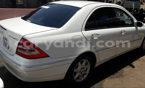 Buy Used Mercedes-Benz KOMPRESSOR White Car in Lusaka in Zambia