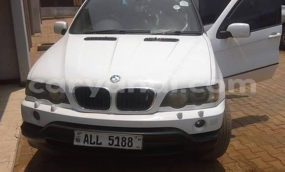 Buy Used BMW X5 White Car in Lusaka in Zambia
