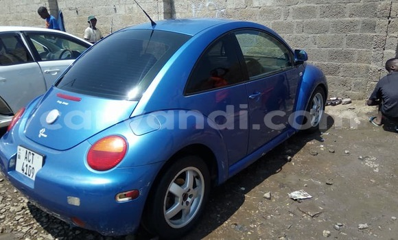 Buy Used Volkswagen Beetle Blue Car in Lusaka in Zambia