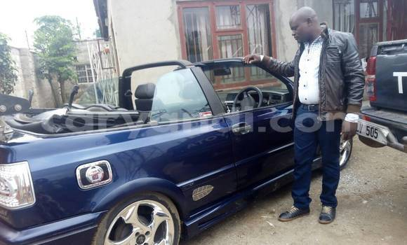 Buy Used Volkswagen Golf Blue Car in Kitwe in Zambia
