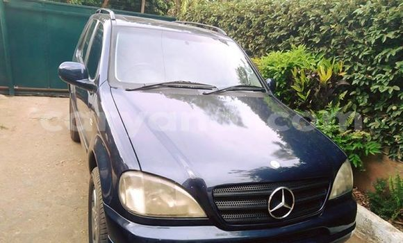 Buy Used Mercedes–Benz ML–Class Blue Car in Lusaka in Zambia