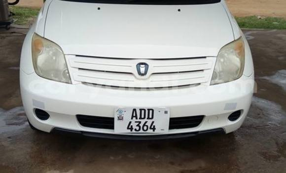Buy Used Toyota IST White Car in Lusaka in Zambia