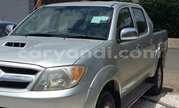 Nunua Ilio tumika Toyota Hilux Fedha Gari ndani ya Lusaka nchini Zambia
