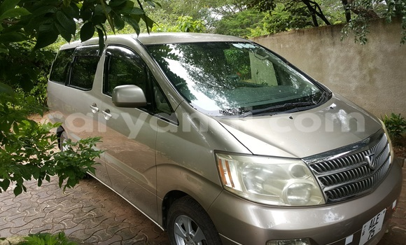 Buy Used Toyota Alphard Brown Car in Lusaka in Zambia