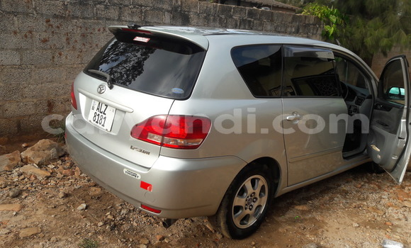 Buy Used Toyota Epsun Silver Car in Lusaka in Zambia