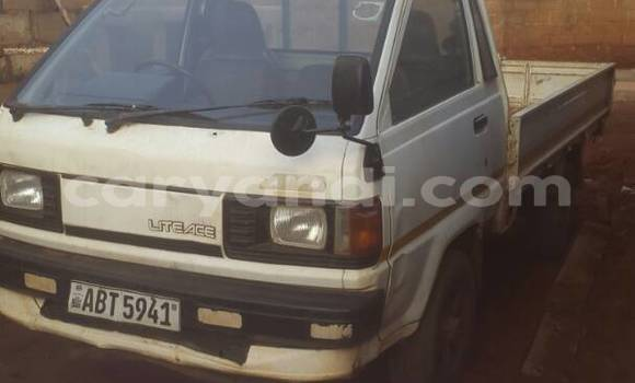 Buy Used Toyota LITEACE White Truck in Lusaka in Zambia