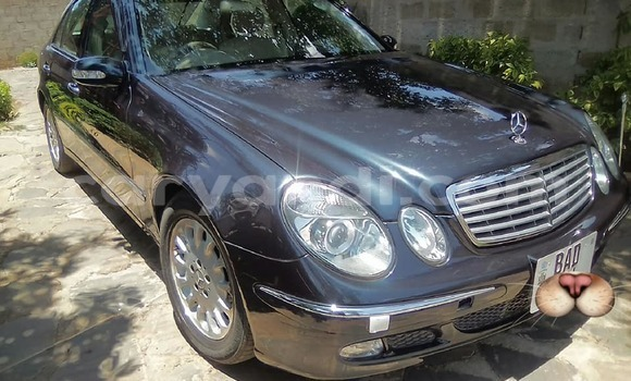 Buy Used Mercedes–Benz E–Class Black Car in Chipata in Zambia