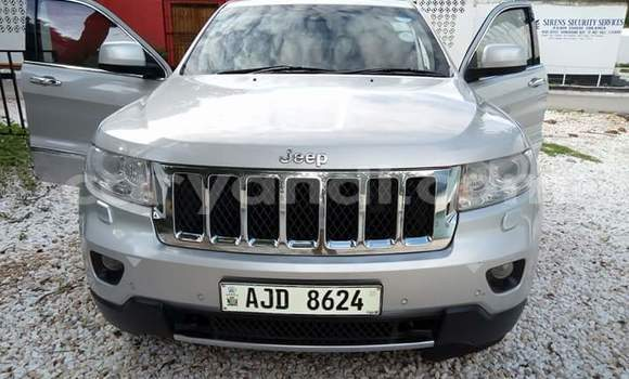Buy Used Jeep Cherokee Silver Car in Lusaka in Zambia