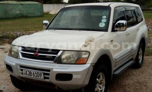 Buy Used Mitsubishi Pajero White Car in Lusaka in Zambia