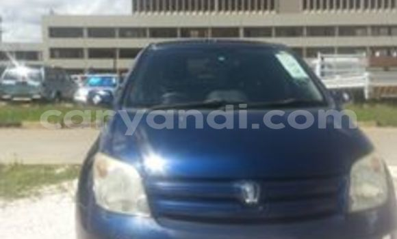 Buy Used Toyota IST Blue Car in Chingola in Zambia