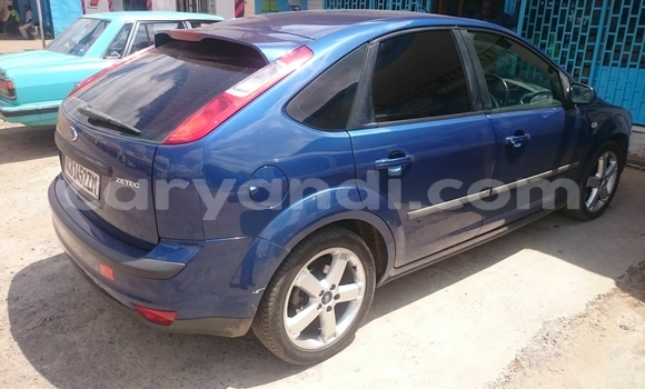 Buy Used Ford Focus Blue Car in Ndola in Zambia