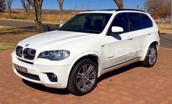 Buy Used BMW X5 White Car in Lusaka in Zambia