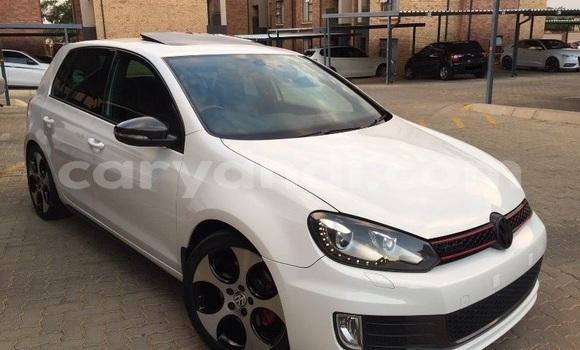Buy Used Volkswagen Golf White Car in Lusaka in Zambia