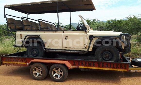 Buy Used Land Rover Defender Beige Car in Lusaka in Zambia