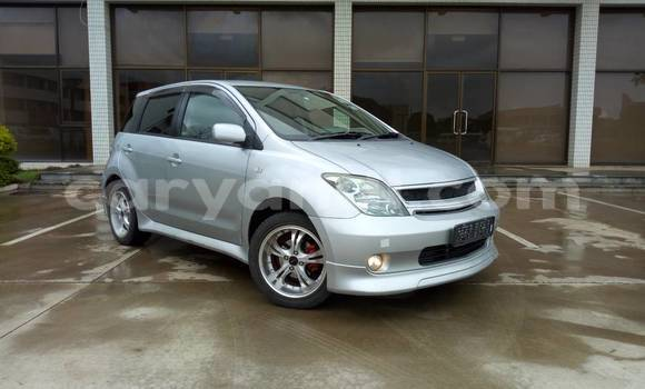 Buy New Toyota IST Silver Car in Lusaka in Zambia