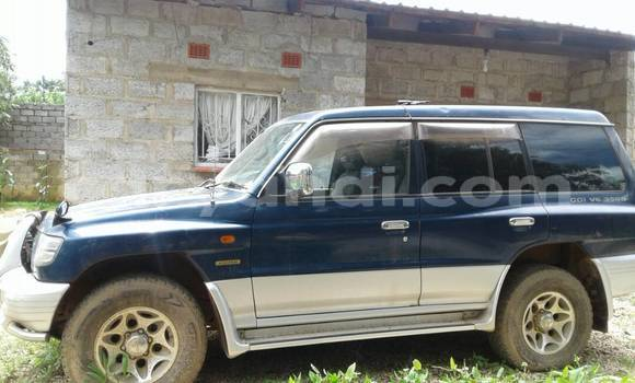 Buy Used Mitsubishi Pajero Blue Car in Lusaka in Zambia