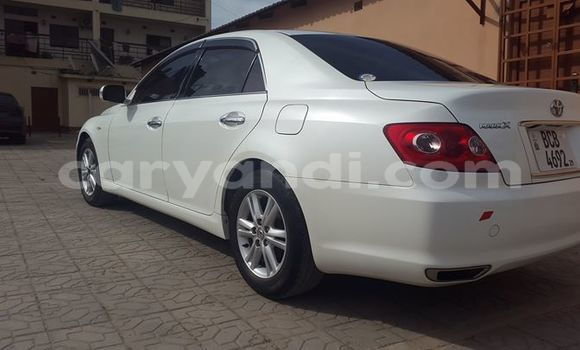 Buy Used Toyota Mark X White Car in Ndola in Zambia